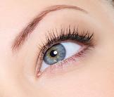 phto woman's eye